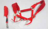 HH Red Breakaway Horse Halter Polypropylene/HTL Red Horse Training Lead Polyester